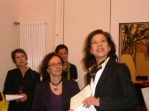 Die Künstlerin und die Gastgeberin Lilly Fritz